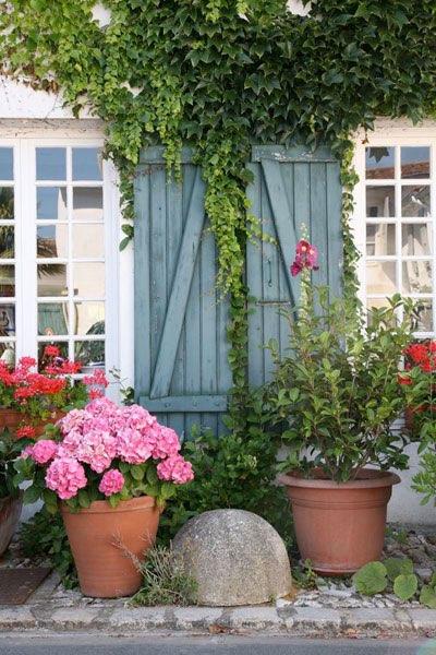 Awesome Pflanzen Topfen Kubeln Terrasse Gallery - Globexusa.us ...