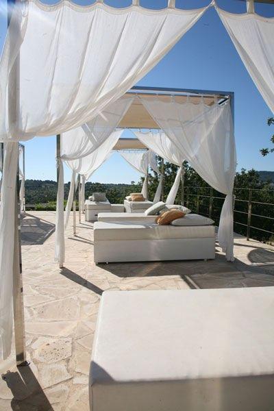 die sch nste palme und den sch nsten strand gibt es bei. Black Bedroom Furniture Sets. Home Design Ideas